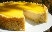 Raw Lemony Pie